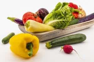 verduras: tomates, pimientos, calabacines, rábanos