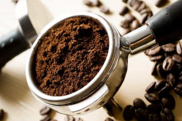 cucharada de café molido